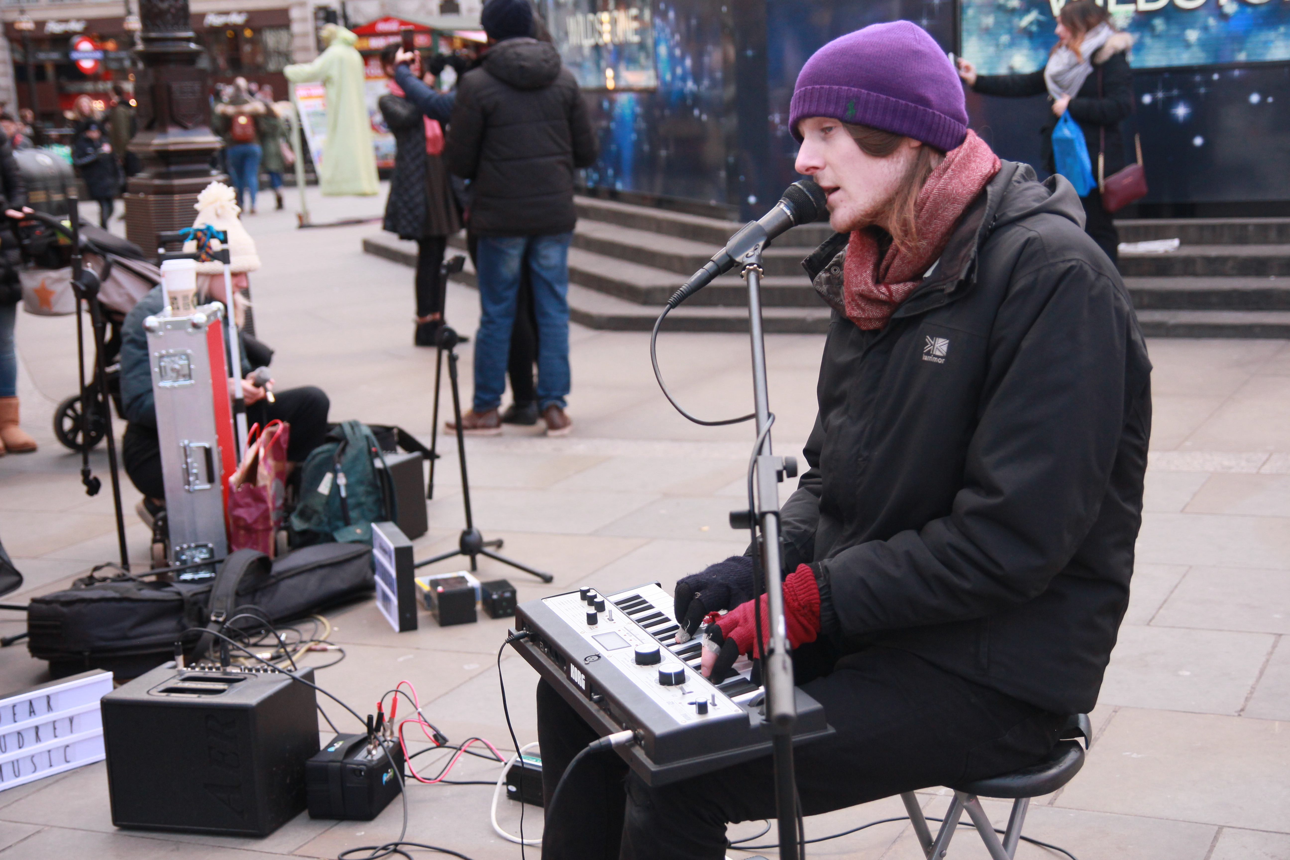 Piers Dashfield busking at Picadilly Circus